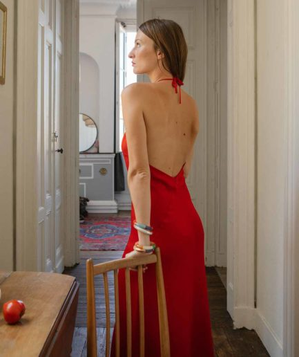 robe dos nu en modal rouge On Atlas